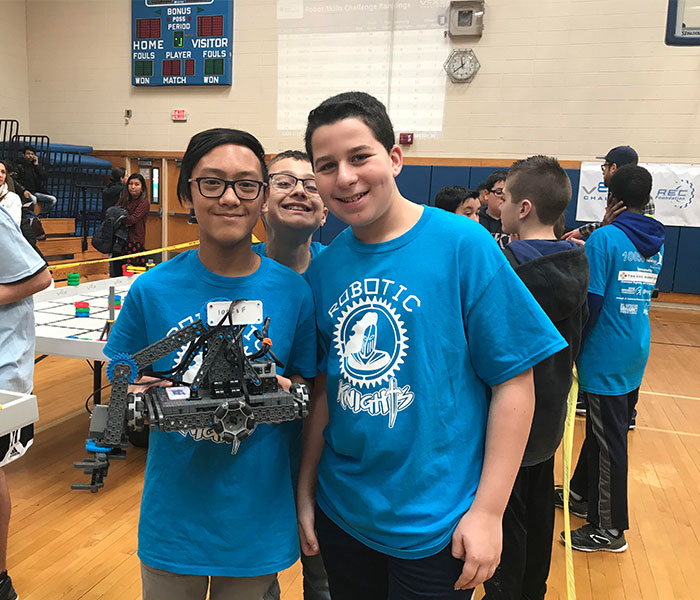Elwood Middle School Hosts VEX Robotics Competition