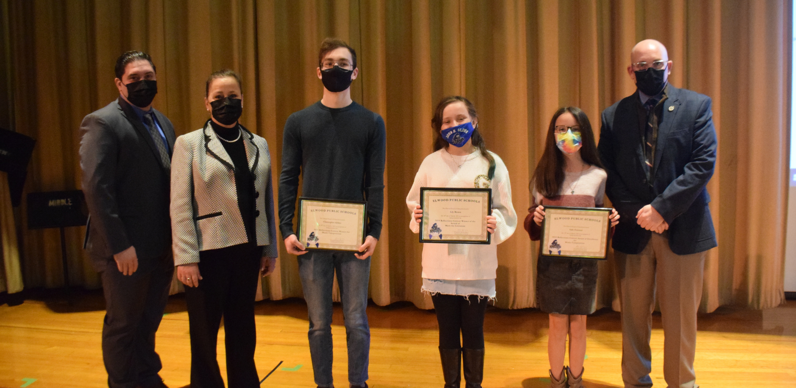 Elwood Students Win Awards in Literature and Composition