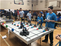 Elwood Middle School Hosts VEX Robotics Competition photo 4